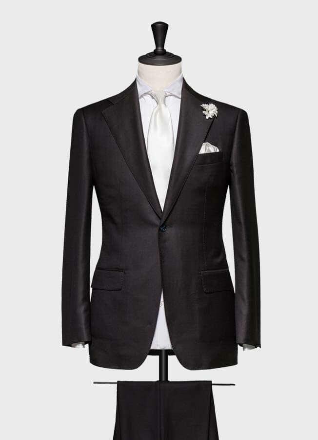 Черный свадебный костюм