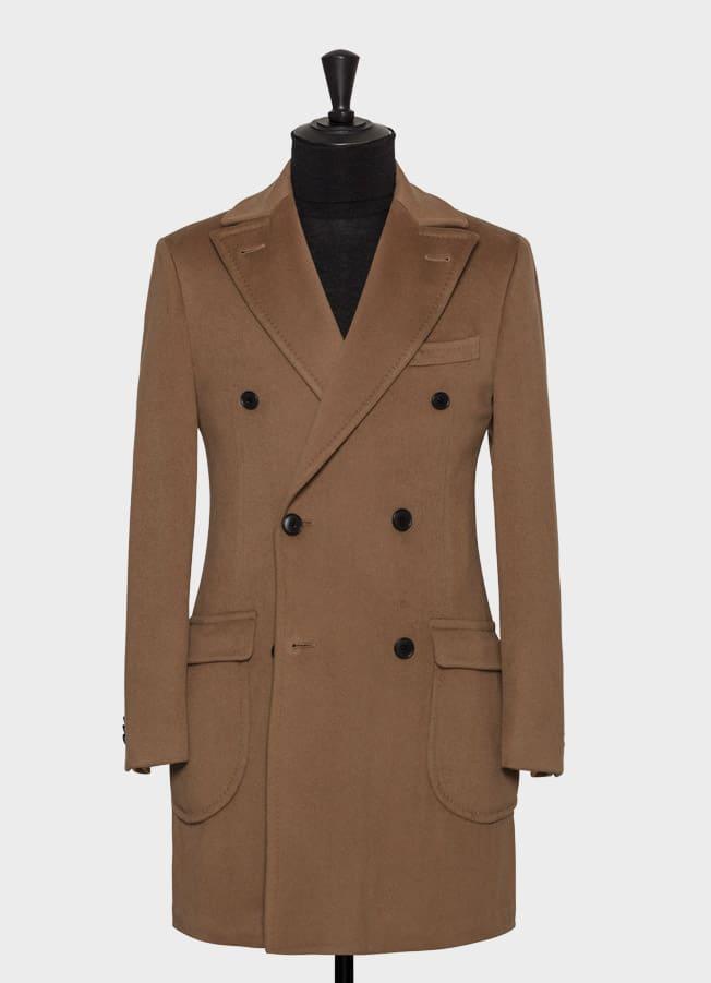 Пальто цвета camel с кашемировой фактурой