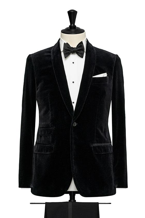 Черный пиджак из бархата
