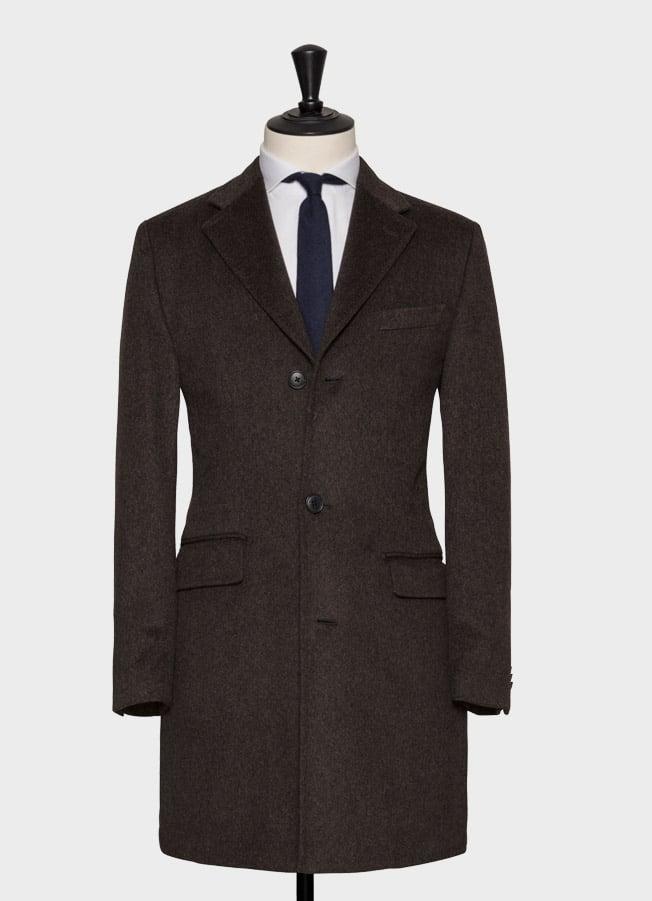 Темно-коричневое пальто с меланжевым эффектом