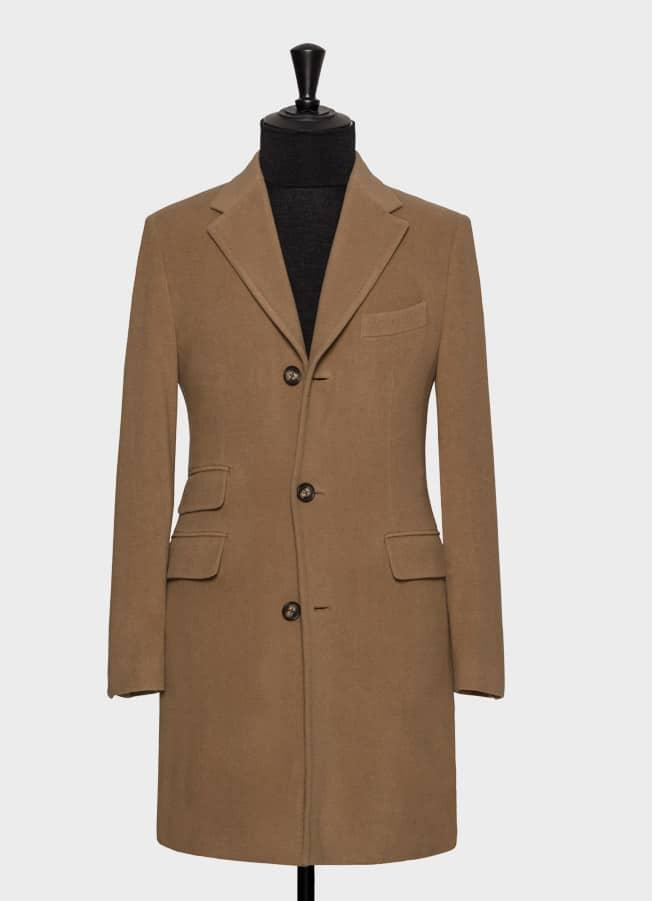 Шерстяное пальто цвета camel