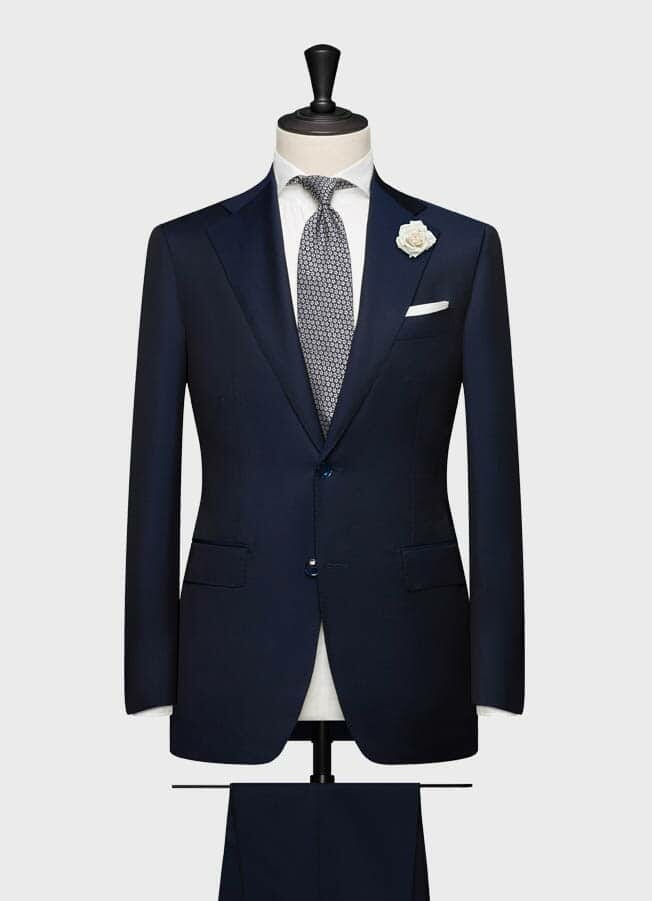 Темно-синий свадебный костюм