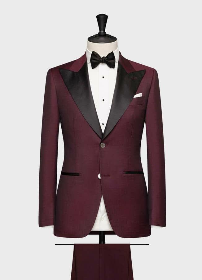 Свадебный смокинг бордового цвета