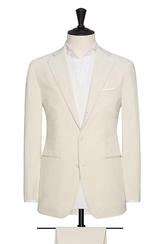 Белый костюм из вельвета