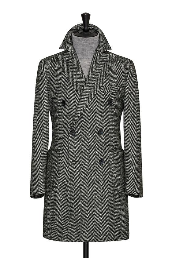 Зелёное пальто в ёлочку
