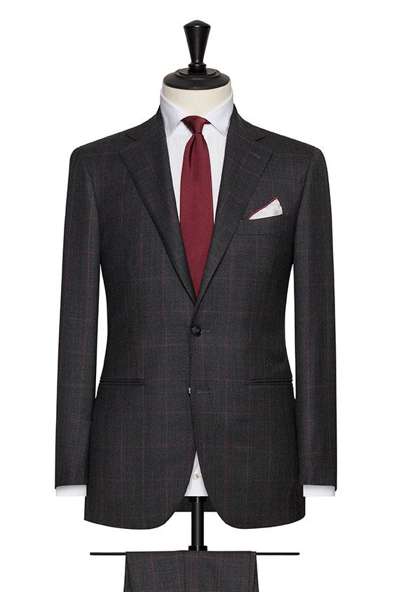 Серый костюм с зернистой структурой «sharkskin»