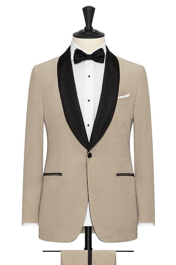 Светло-серый вельветовый костюм