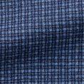 Синий костюм в мелкую голубую клетку