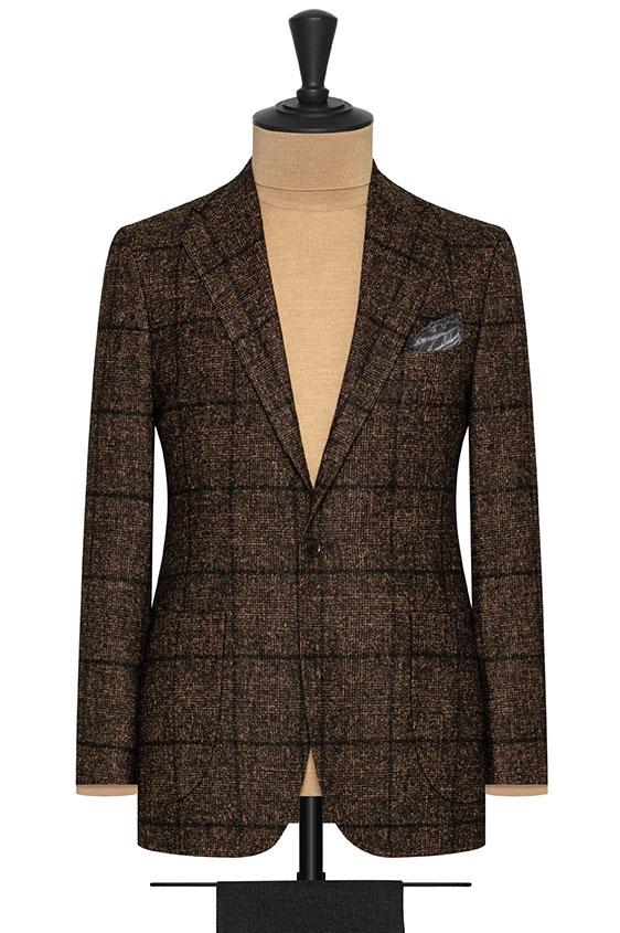 Темно-коричневый пиджак в крупную темную клетку