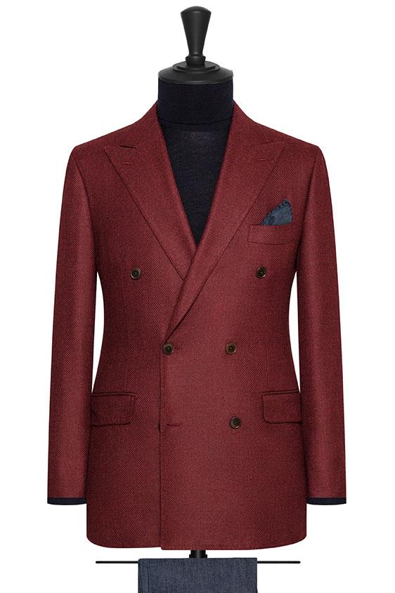 Ярко-малиновый двубортный пиджак