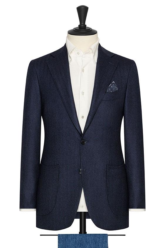 Темно-синий пиджак в елочку