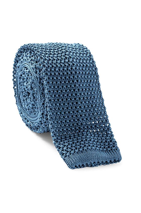 Светло-синий галстук вязаной фактуры