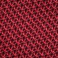 Красный галстук плетеной фактуры