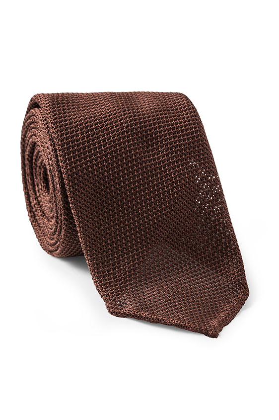 Коричневый галстук плетеной фактуры