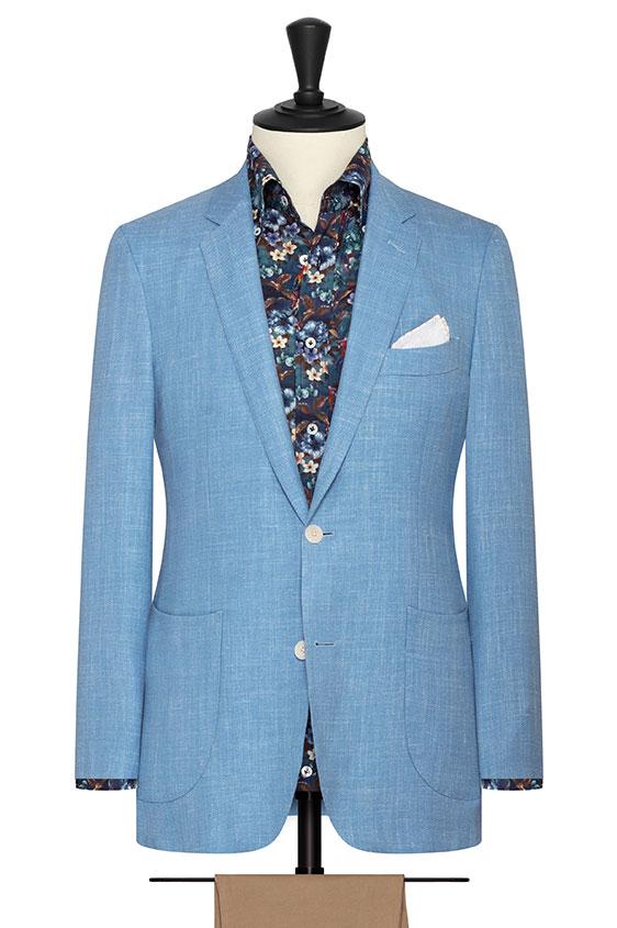 Небесно-голубой пиджак