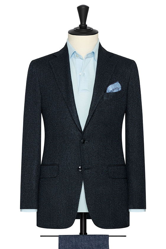 Темно-синий пиджак вязаной фактуры