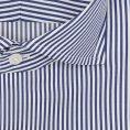 Темно-синяя сорочка в белую клетку