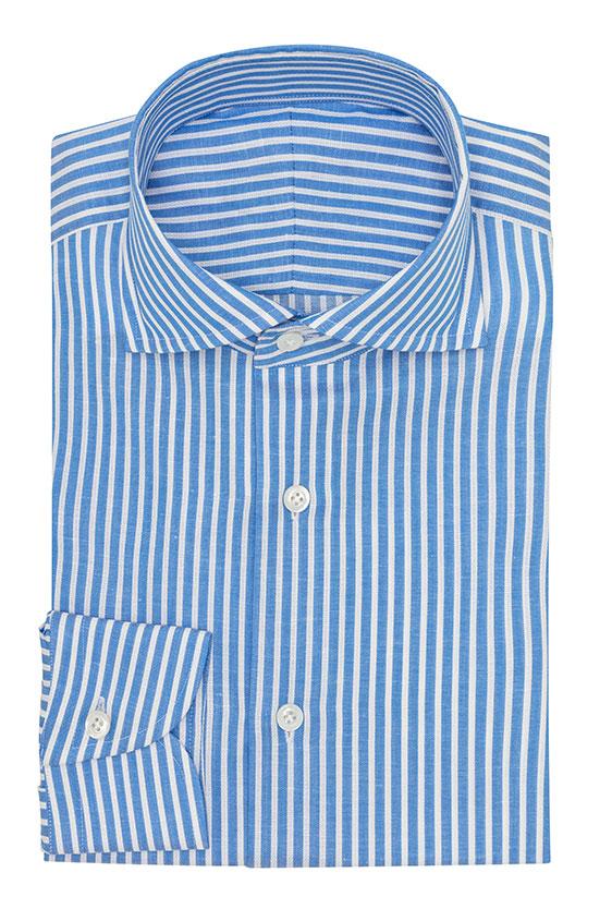 Голубая сорочка в белую полоску