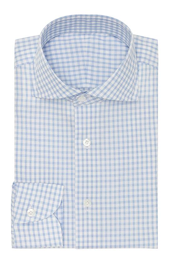 Белая сорочка с голубую клетку