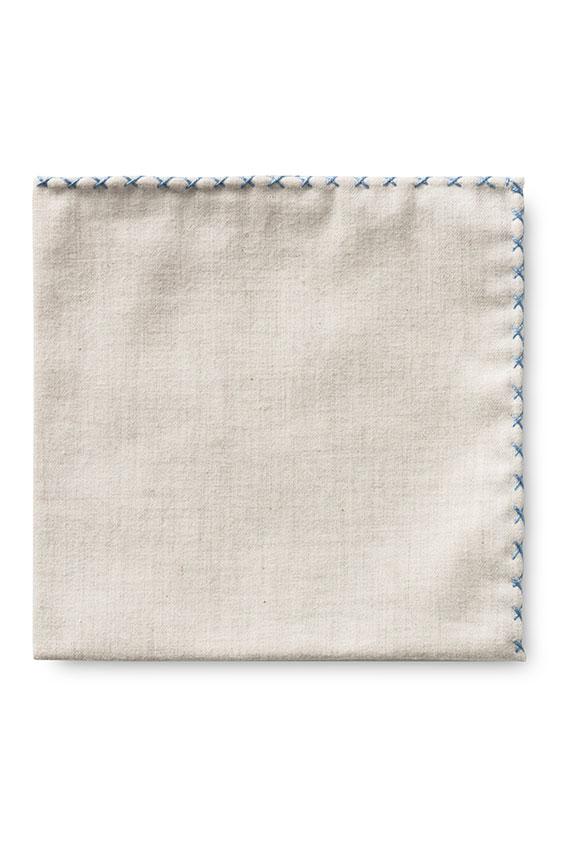 Бежевый нагрудный платок с голубой окантовкой