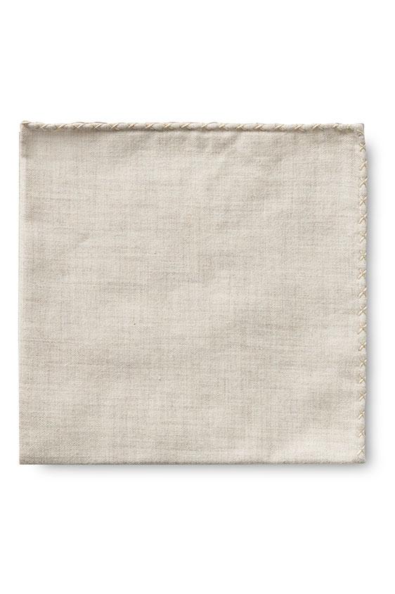 Бежевый нагрудный платок с бежевой окантовкой