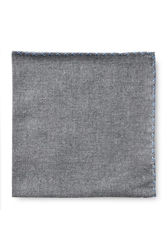 Серый нагрудный платок с голубой окантовкой