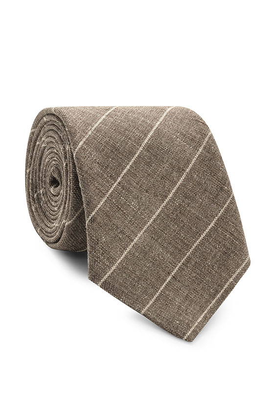 Коричневый галстук в тонкую полоску