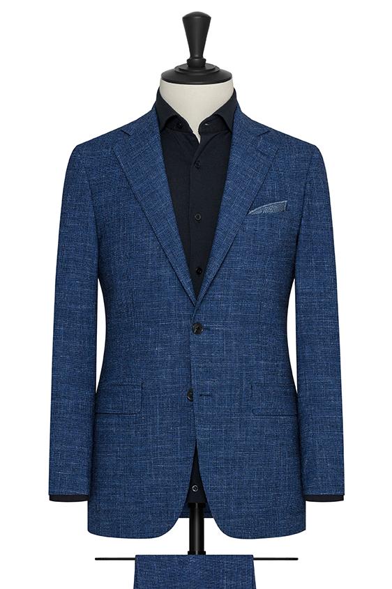 Ярко-синий костюм в гусиную лапку