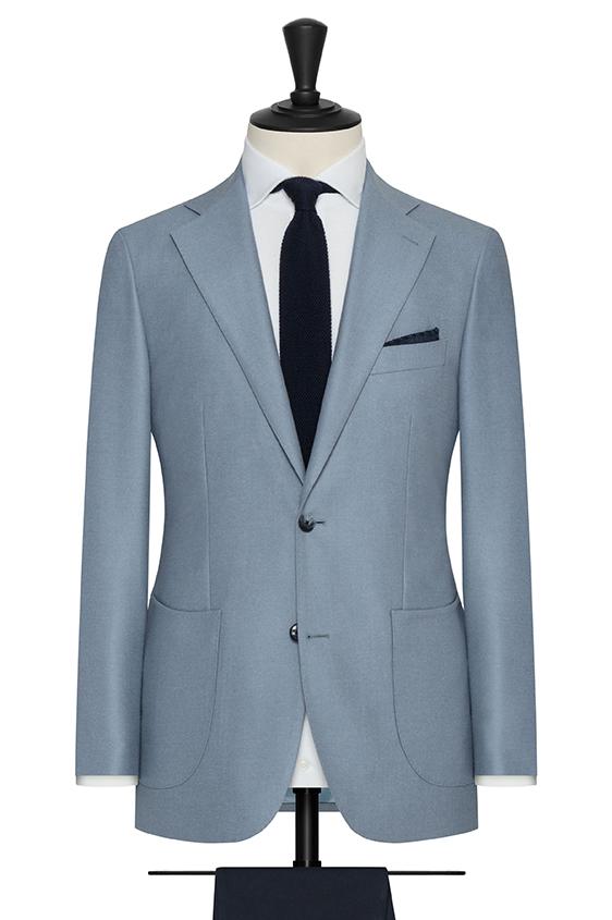 Светло-голубой пиджак