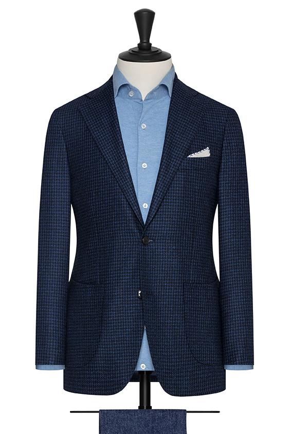 Синий пиджак в гусиную лапку