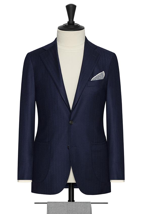 Темно-синий пиджак в ёлочку