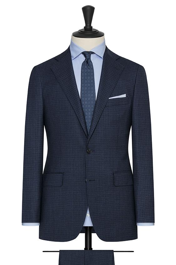 Синий костюм из шерсти